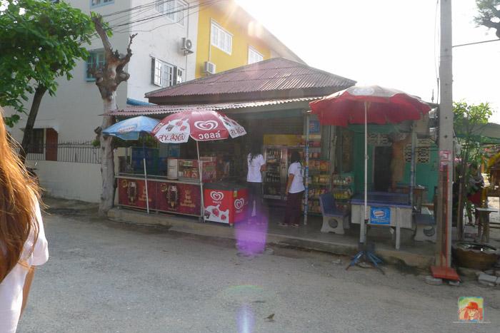 a store at puktien beach cha am
