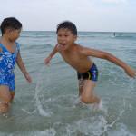 mew and dew at hua hin beach