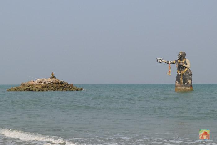 pee seua samut statue near puktien beach-3