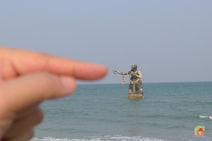 pee seua samut statue near puktien beach-4