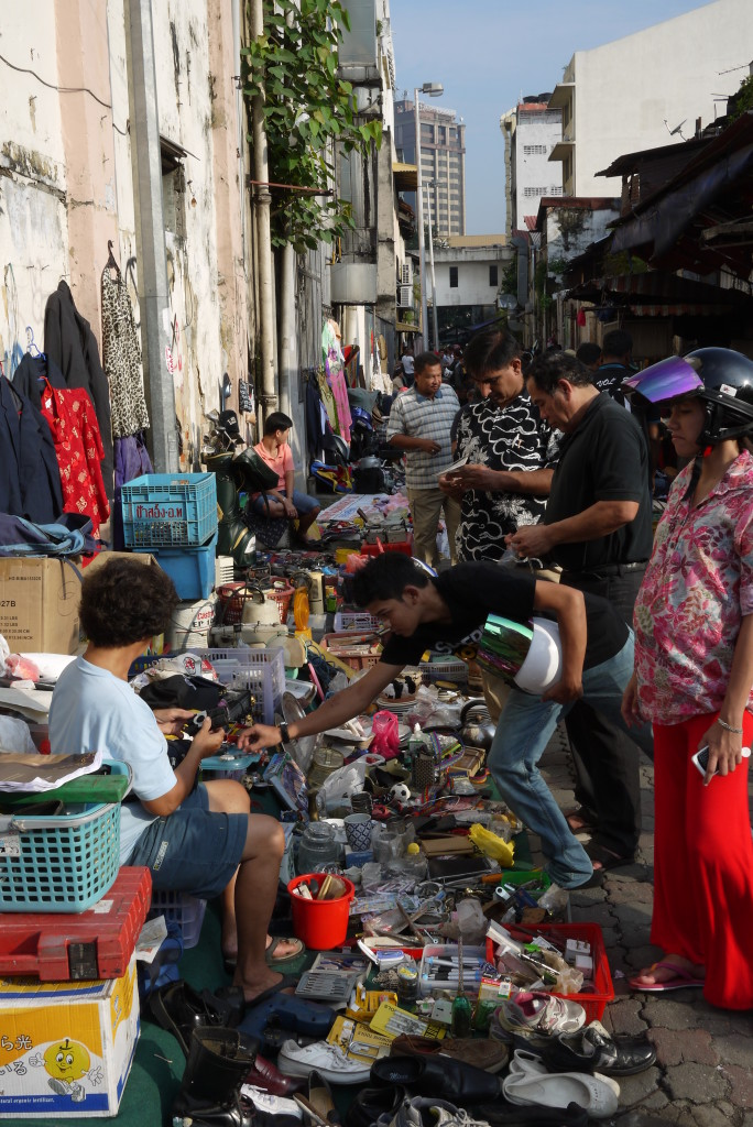 A little outdoor market I stumbled on parallel to Jalan Petaling...
