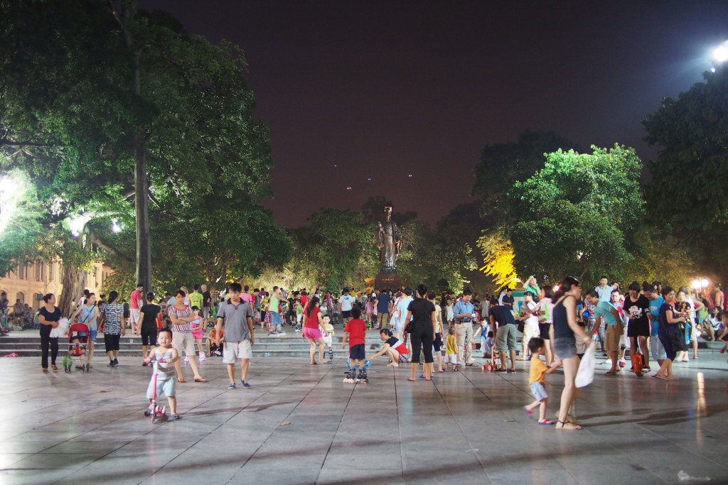 The wonderful people of Hanoi having fun on a hot sultry night...
