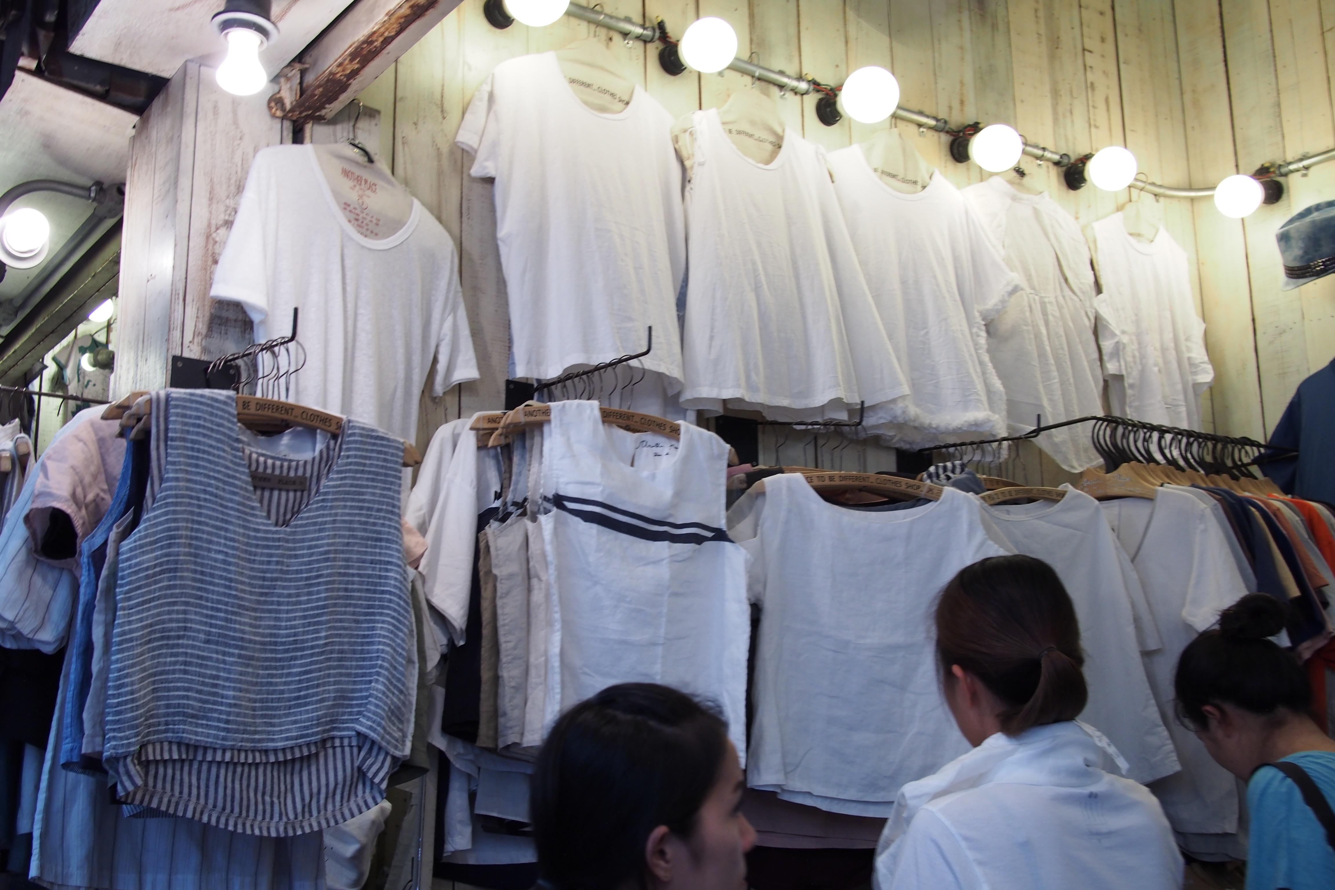 T-shirt shop in Chatuchak