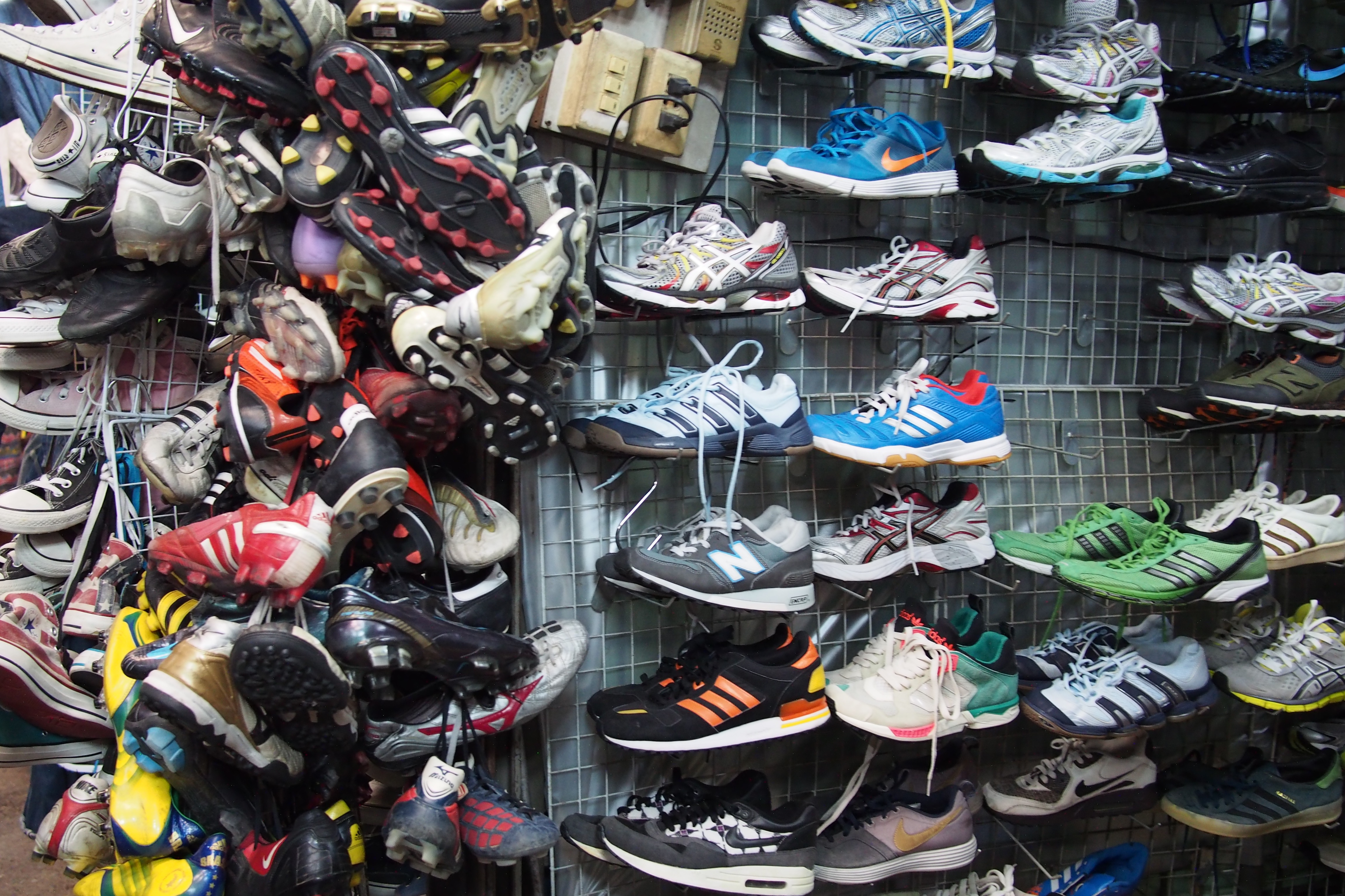 Used shoes sold in Chatuchak