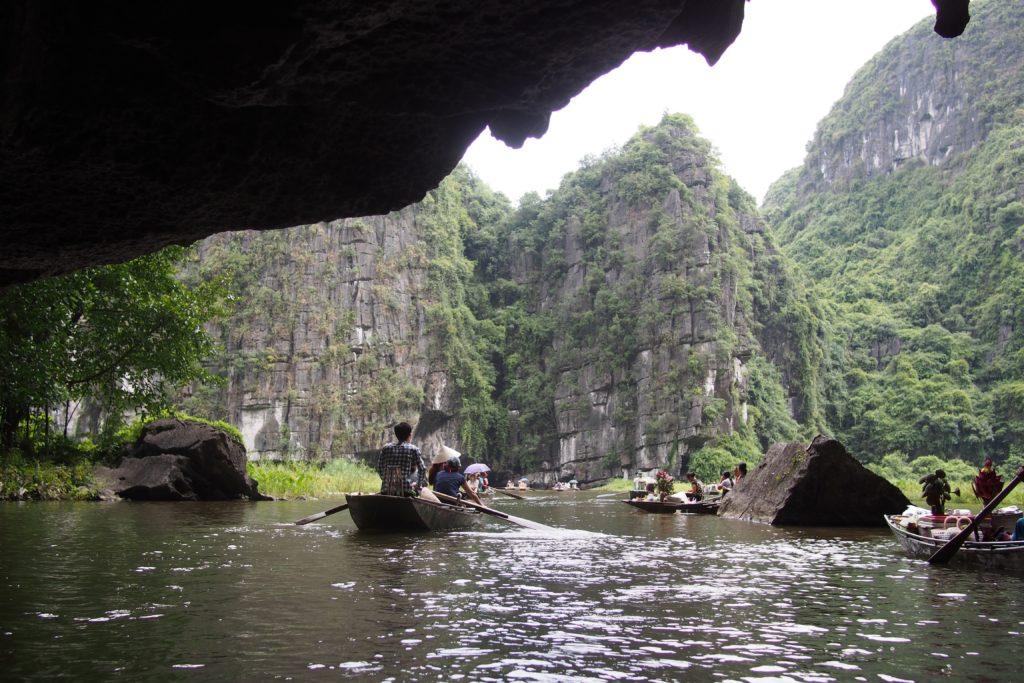 Boat hawkers at Ngo Dong River
