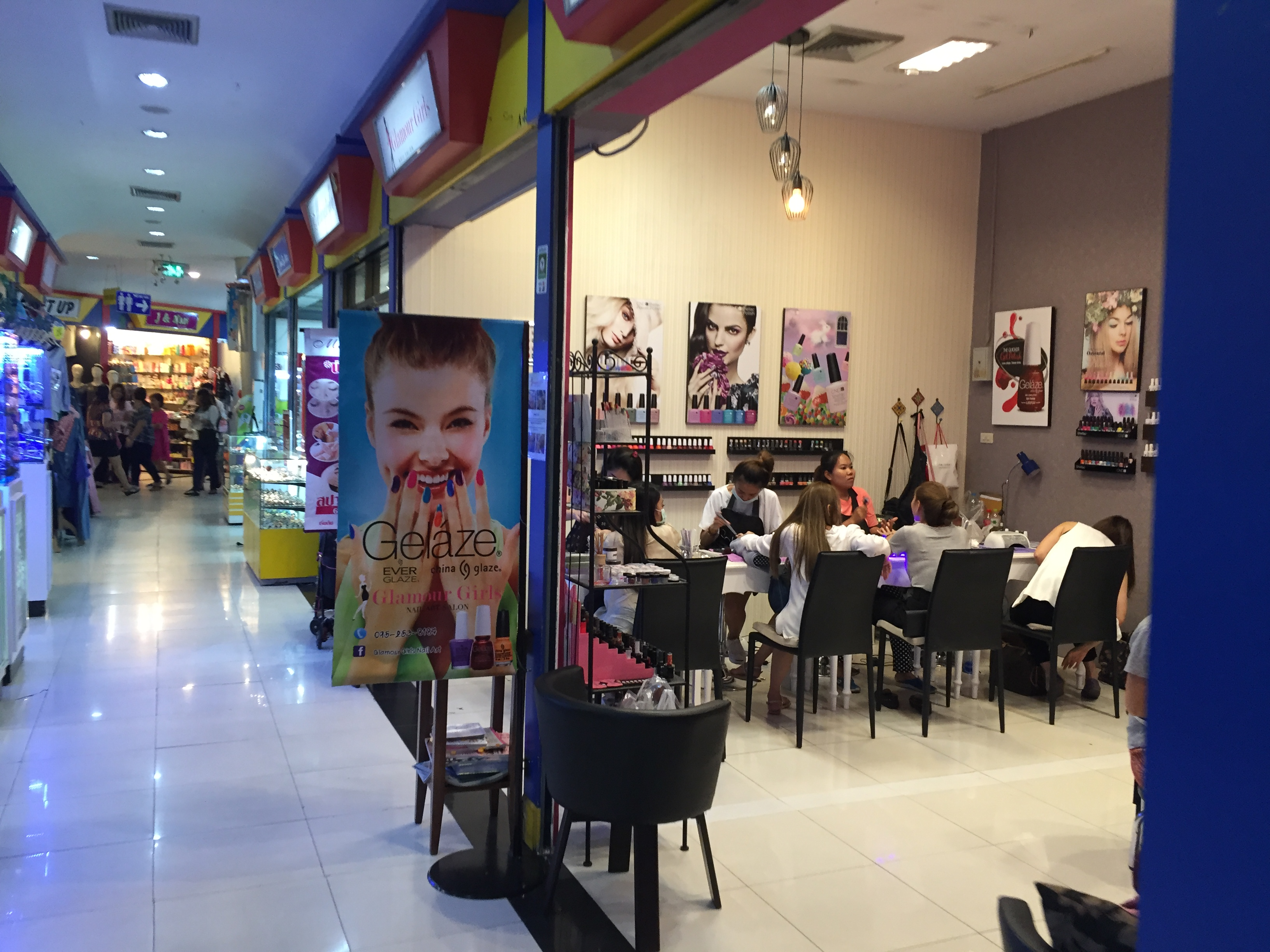 For The Best 350thb Gel Manicure In Bangkok Go Where The Thais Go