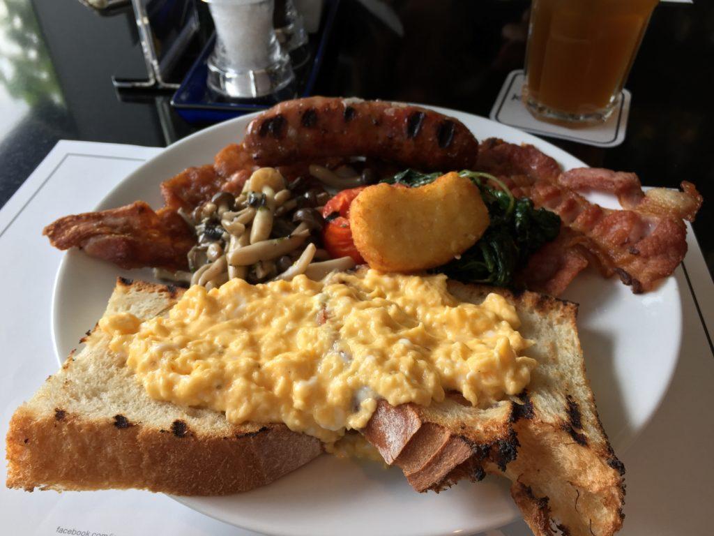Big Breakfast at Jones the Grocer