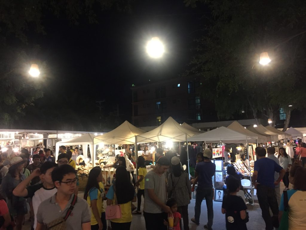 When the weather is cool in Hua Hin, Cicada Night Market is a pleasure to walk around...