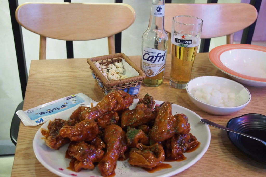 (Chi-maek) Chicken and Beer is a popular combination in Seoul